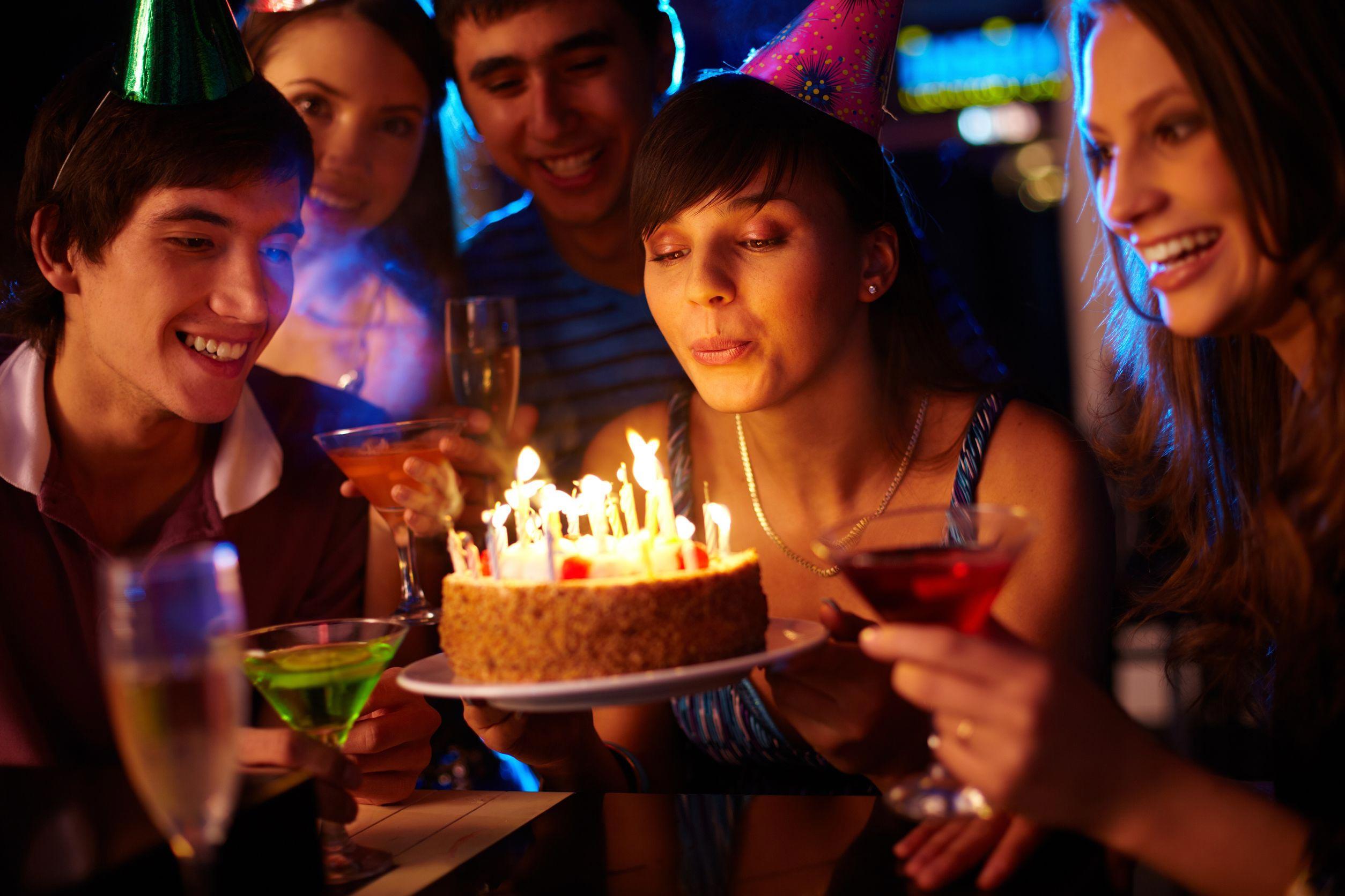Как фотографировать мероприятие с свечами